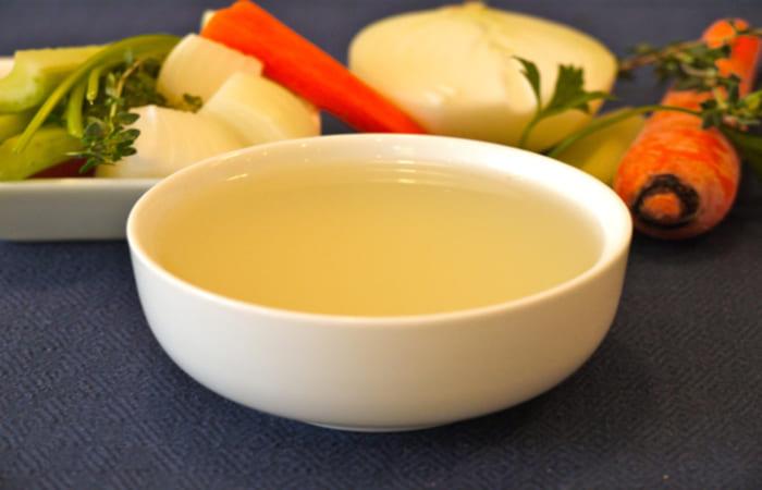 Sử dụng rau củ chính là cách chữa nước dùng bị chua đơn giản nhất